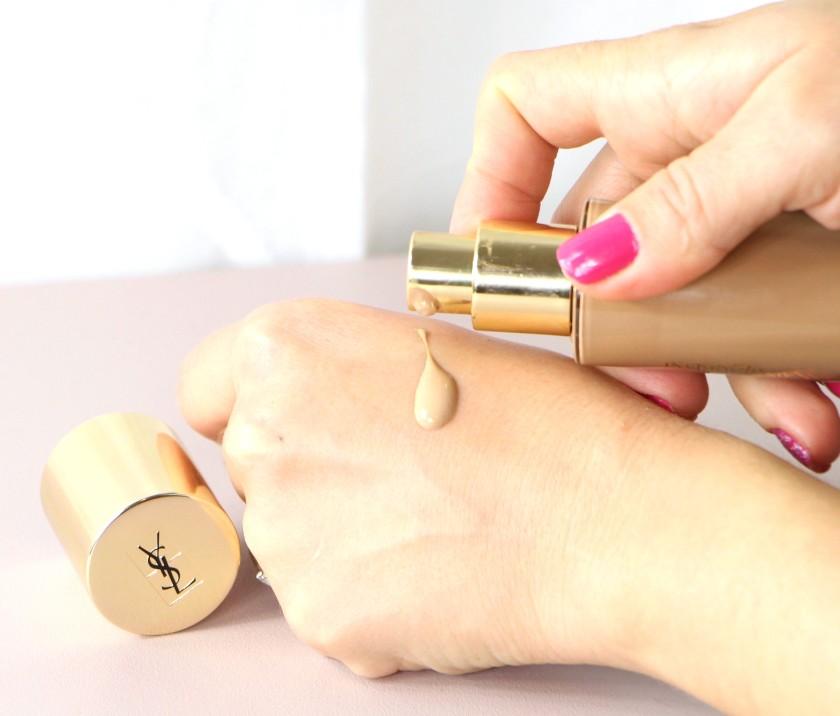 base-maquillaje-touche-eclat-ysl